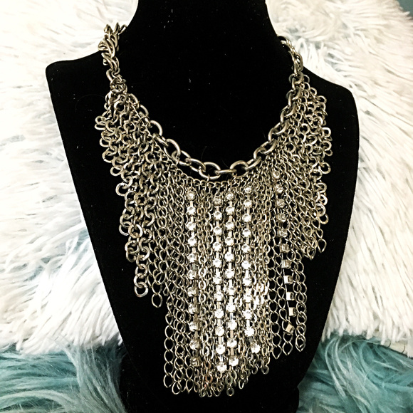 Jewelry - Chain Link Statement Necklace